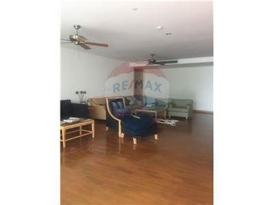 Condominium · For rent · 4 bedrooms